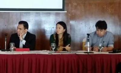 TMI boss Jahabar Sadiq with Hannah Yeoh and Syahredzan Johan