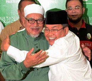 hadi_awang_ibrahim_ali hug